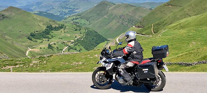 consejos-para-viajar-en-moto-por-norte-de-España-y-Pirineos